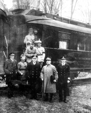 L'Armistice du 11 Novembre 1918 armistice-1918-2